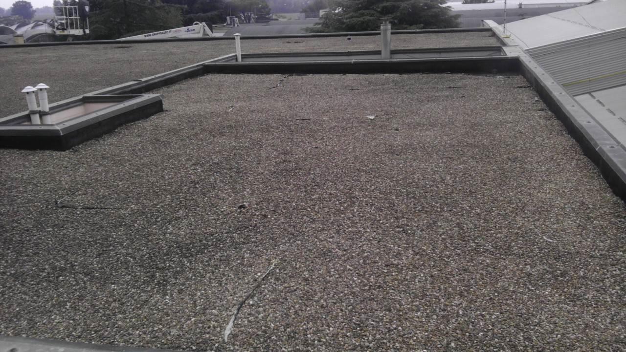 Vecchio Materiale Da Copertura una soluzione alle coperture industriali in guaina | gruppo asap